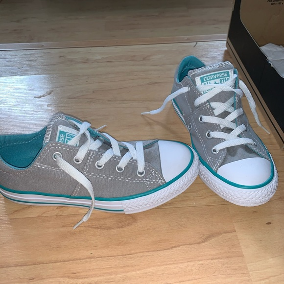 Converse Shoes   Girls Size 1 New In